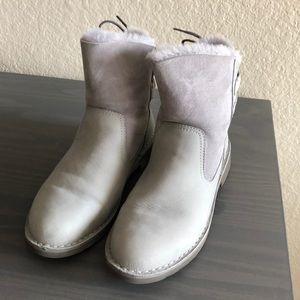 Naiyah UGG Boots